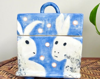 BUNNIES on a Ceramic LIDDED BOX - Bunny Rabbits!  Handmade Stoneware with Feet and Handle - Hideaway Treasures Secrets - One of a Kind