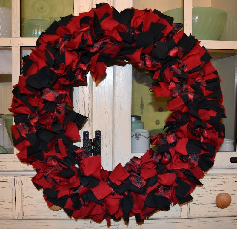 Buffalo Check Christmas Wreath.Fabric Wreath Red And Black Buffalo Check Christmas Wreath Door Wreath Winter Wreath Log Cabin Decor Black And Red Plaid Farm House Wreath