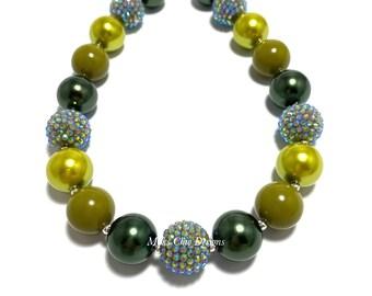 Fall Green Chunky Beaded Necklace - Dark Green and Olive Chunky necklace - Christmas Chunky Necklace - Lime Green chunky necklace