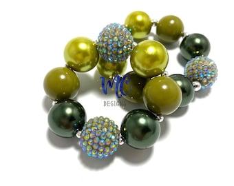 Shades of Green Chunky Bracelet - Dark and Olive Green Chunky Bracelet - Christmas chunky bracelet - Olive green bracelet