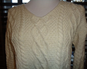 6e818bbde65dc Vintage Cropped Top Cable Knit V-Neck Sweater