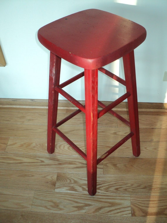 Superb 4 Pick Up Or Delivery Only Vintage Red Bar Stool With Great Lines Design And Wonderful Well Developed Patina In Good Condition Evergreenethics Interior Chair Design Evergreenethicsorg