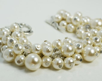 Pearl Bracelet, Ivory Cluster Bracelet, Pearl Bracelet, Chunky Bracelet, Bridal Jewelry, Wedding Bracelet, Custom Jewelry, Pearl Jewelry