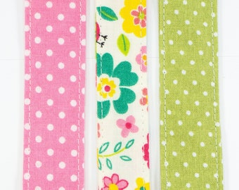 FLORAL Pacifier clip • Polka dot soother clip • Fabric soother clip • Soother strap • Dummy clip • Binky holder • Baby Girl pacifier clip