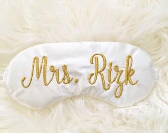 Personalized Mrs adjustable sleep mask • Bride to be sleep mask • Elegant classic sleep mask • Custom last name sleep mask • Future Mrs gift