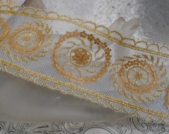 Cream and Gold Floral Sequined Trim