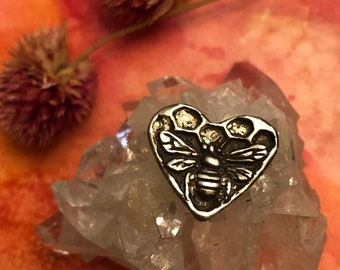 Preorder - Pewter Bee Heart Button