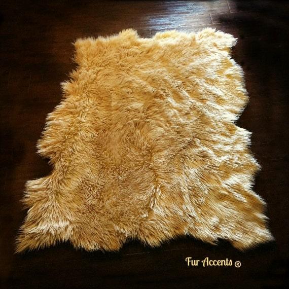 fausse fourrure en peau de mouton tapis lambeaux edge. Black Bedroom Furniture Sets. Home Design Ideas