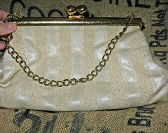 Vintage Champagne Fabric Snap Purse with Chain Handle - vintage purse - mad men style - 1950s fashion