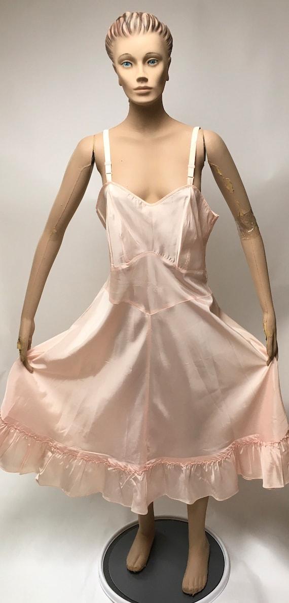Val Mode Full Slip Size 40 Pink 1940 Lingerie
