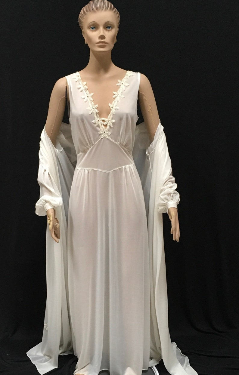 1940s Nightgown Robe Set Tula Bridal White Wedding Trosseau  faa85de39