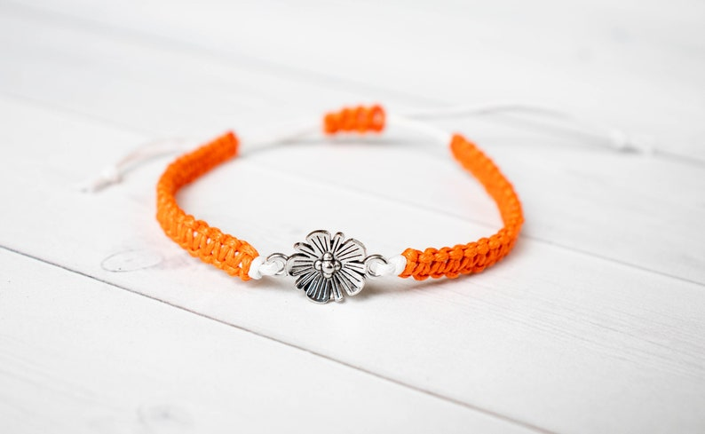 Flower Bracelet Floral Jewelry Friendship or Girlfriend gift. image 0