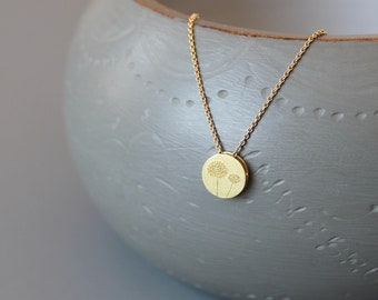 Reversible dandelion necklace in 18ct gold