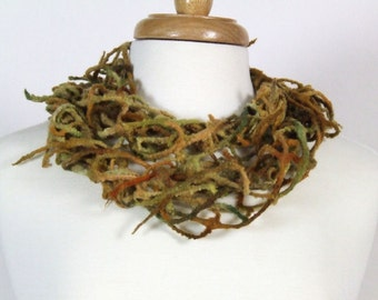 Hand Felted Lattice Scarf, Hand Dyed Merino Wool, Autumn Colors, Ready to Ship
