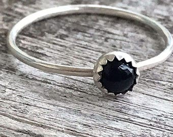 Onyx Sterling Silver Ring / Dainty Stacking Ring / Black Onyx Ring / Simple Gemstone Ring / Gift for her