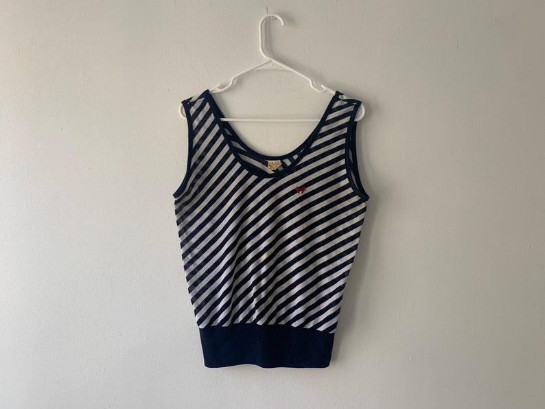 VINTAGE  Sleeveless Striped Shirt  women/'s size small medium  Embroider detail  Unique /& Rare