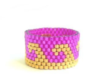 Pink Wave Ring, Fuchsia Pink Bead Ring, 24K Gold Beaded Ring, Beach Jewellery, UK Seller