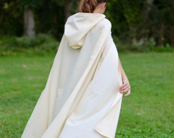 Clearance** - Cream Hooded Cloak - Adult size - Slightly Imperfect