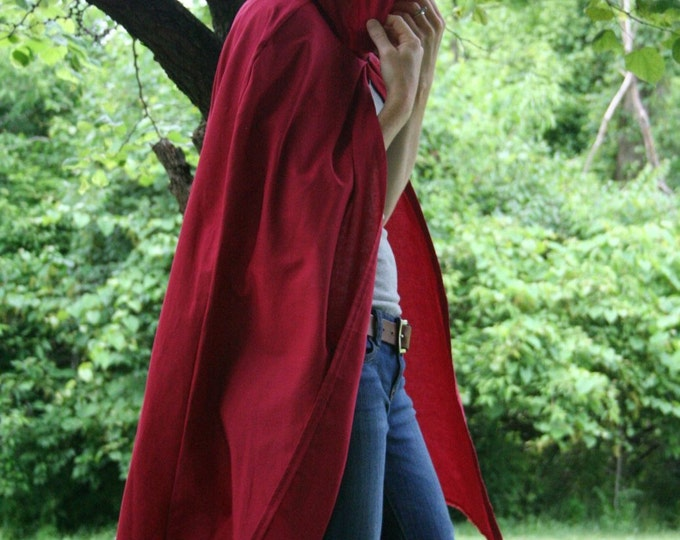 Red Hooded Cloak - Adult size