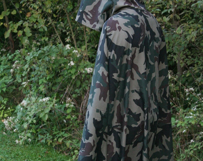 Camouflage Hooded Cloak - Adult size