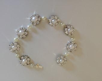 Bridal Pearls Bracelet Silver Crystals Bracelet Swarovski Rhinestone Wedding Jewelry Pearls And Rhinestone Bracelet,Vintage Style Wedding