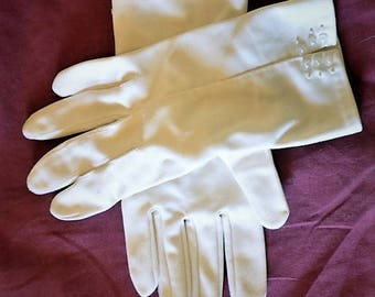 White gloves, cosplay gloves, church gloves, wrist vent gloves, wrist button gloves, opera gloves, womens gloves, ladies gloves