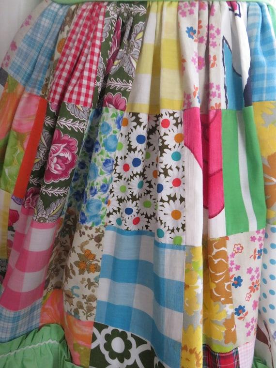 1960s' Colorful PATCHWORK Gathered DRESS----No La… - image 9