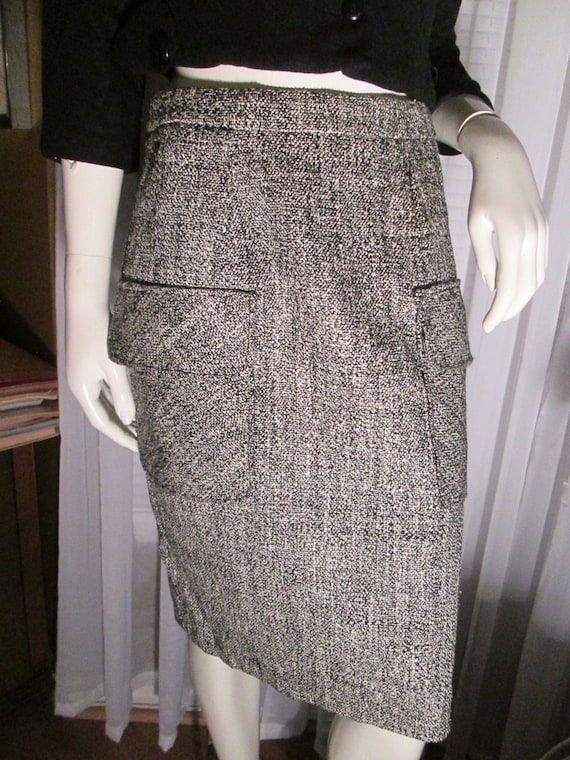 58920559564 Vintage Ladies Black White Tweed Print Skirt by YVES Saint