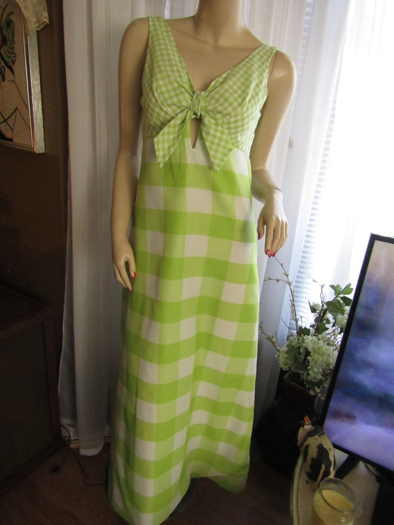 1950's Light Mint Green And White CHECKERED Sun DR