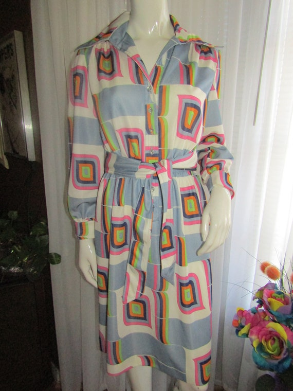 fd2b0c94b73627 Vintage Ladies Polyester Long Sleeve Colorful GEOMETRIC Print