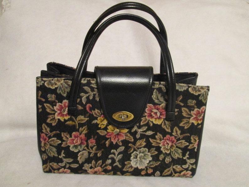 1960/'s Ladies Large Floral TAPESTRY Style HANDBAG------ No Label