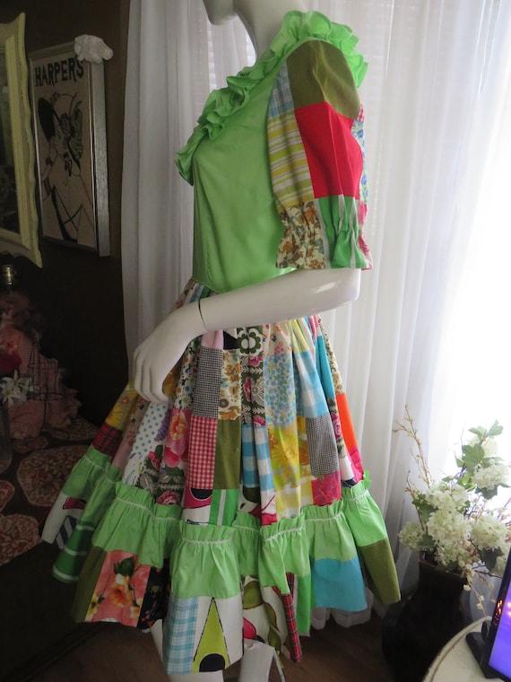 1960s' Colorful PATCHWORK Gathered DRESS----No La… - image 4