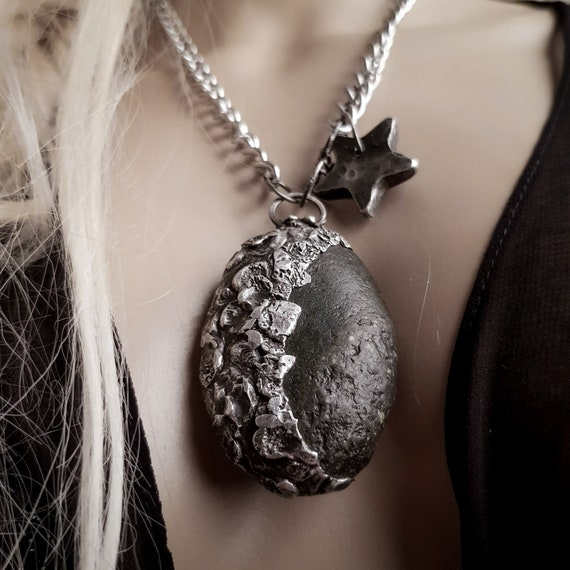 Black moon rising | soldered black stone and star pendant, natural stone and silver necklace
