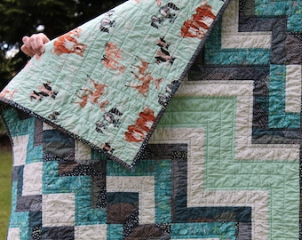 Woodland Animal Baby Quilt, Handmade, Crib bedding, Navy, Aqua, Teal and White, Cobalt Canyon quilt, nature quilt