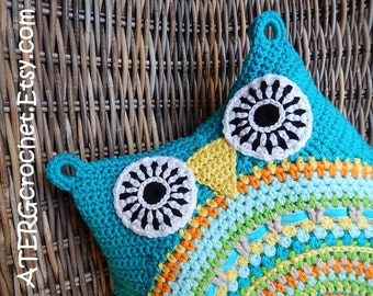 OWL CUSHION 'turquoise' by ATERGcrochet