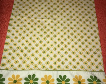 Vintage Mod Floral Standard Pillowcase Flowers Lady Pepperell
