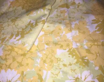 Vintage Floral Pillowcase Pair