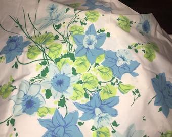 Vintage Daffodil Pillowcase Standard