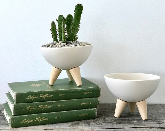Mid Century Modern Planter, Footed Sputnik Bowl, Size Small