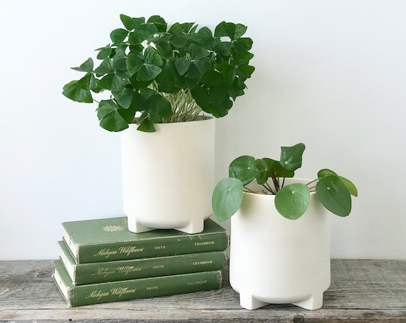 Modern Footed Cylinder Planter, Medium Porcelain Ceramic Planter