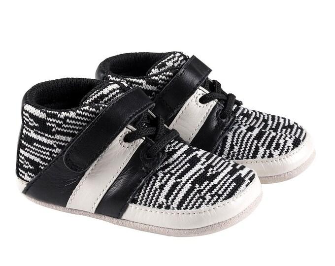 Robeez Mason Black Shoes