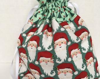 "8/"" x 10/"" Holiday Time Red-Multi Reindeer Cloth Drawstring Christmas Gift Bag"