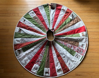 Woodland Christmas Tree Skirt Quilted, Merriment Fabric