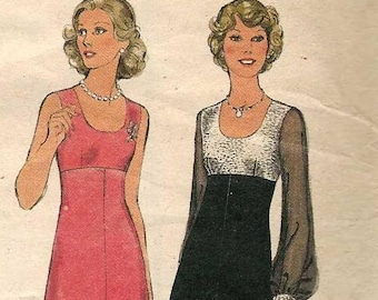 Style 4980 Flared lined dress scoop neck empire waist sleeveless or sheer sleeves cut to Size 14 complete 1970s