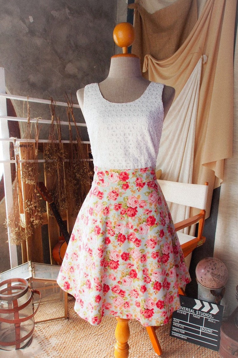SALE Size S Lace and Floral Dress Vintage Sundress 2019 Mint image 0