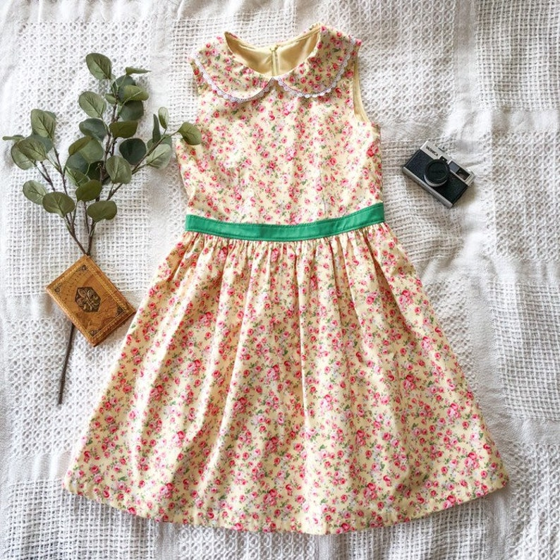 Peter Pan Collar Dress Yellow Petite Floral Dress Vintage image 0