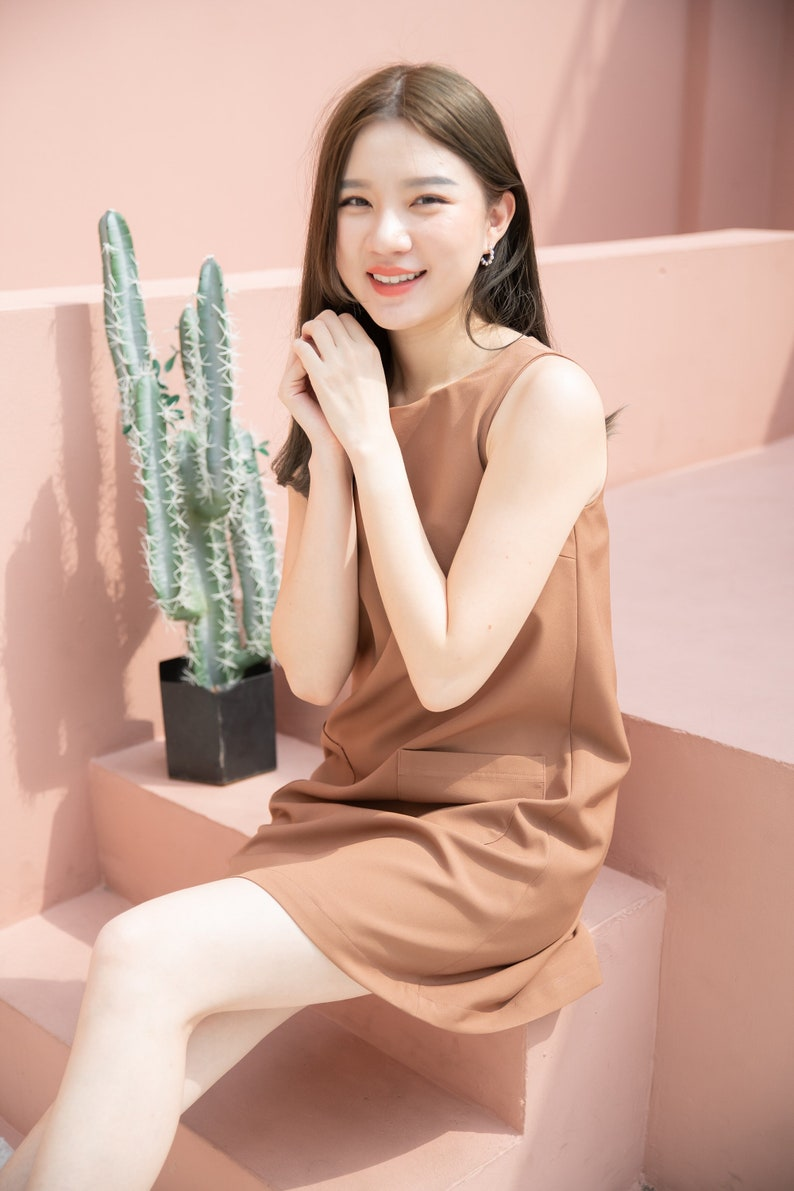 A Line loose Dress Brown One Piece Sleeveless Front Pockets image 0