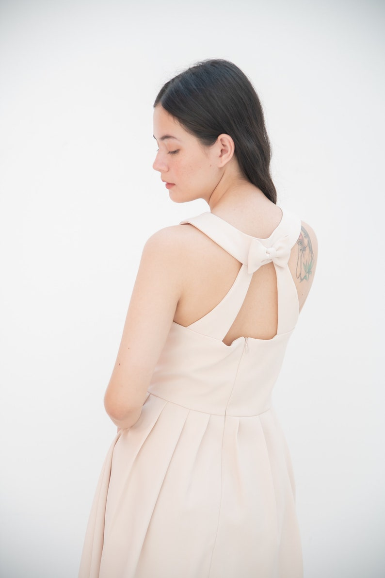 2020 Sexy back dress cream back bow vintage party pleated image 0