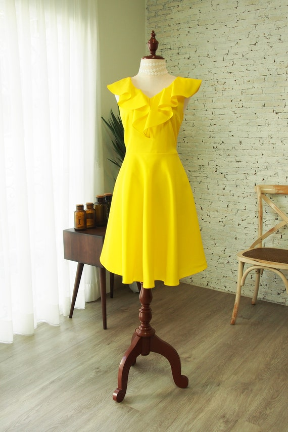 La La Dress Yellow Bridesmaid Dress Canary Yellow Ruffle V Neck Sundress Formal Vintage Inspired Party Gown Evening Gown Blake Dress
