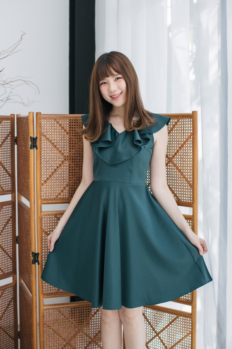 3c3cbfd0fe0 Green Bridesmaid Dress Forest Green Dress Modest Dress Green
